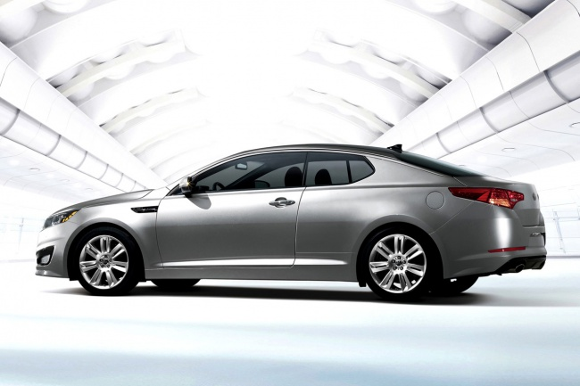 650x433-2011_kia_optima_coupe_3-573ce2325ba05220523b92a9b67482f5